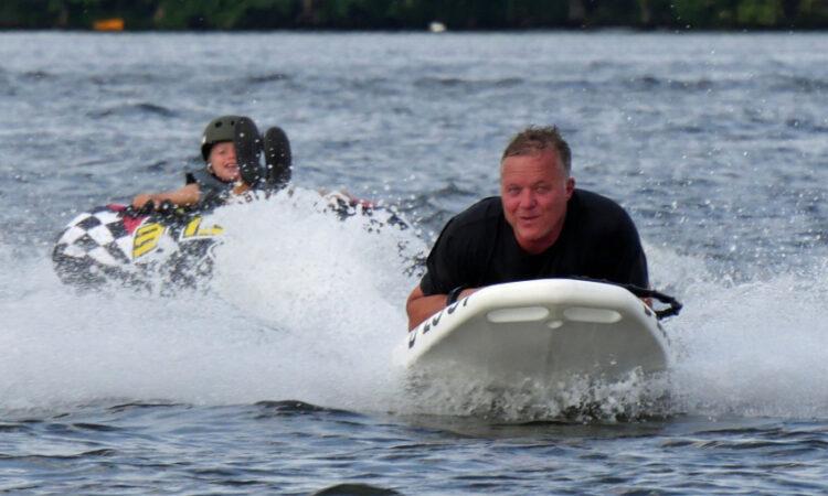 Elektro Bodyboard in Aktion