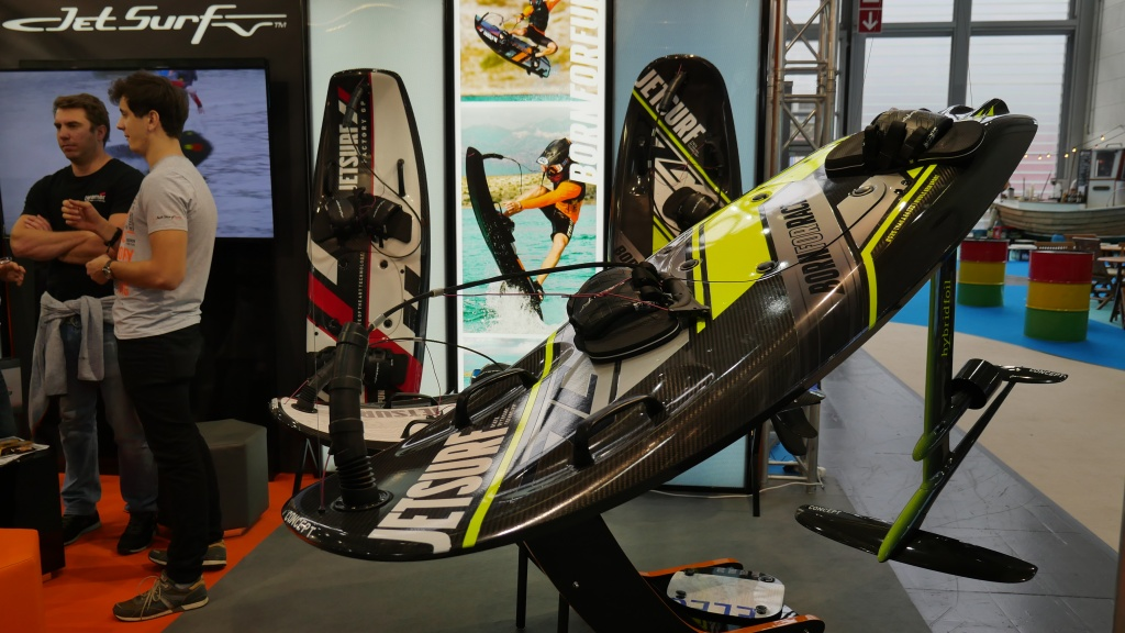 electric hydrofoil by Jetsurf