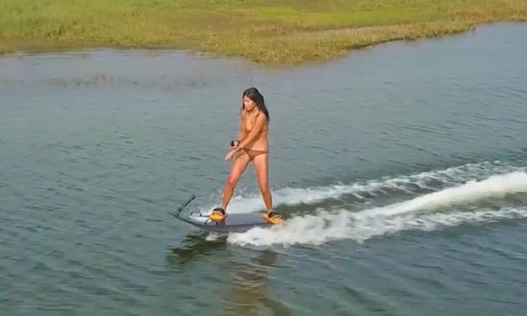 Blea electric surfboard