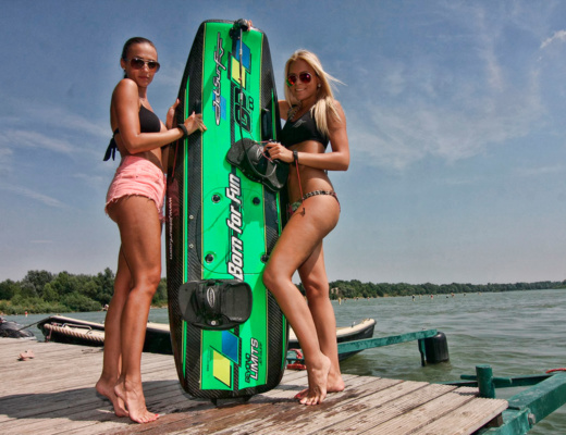 electric surfboard competition