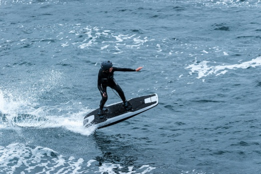 Awake RÄVIK electric jetboard