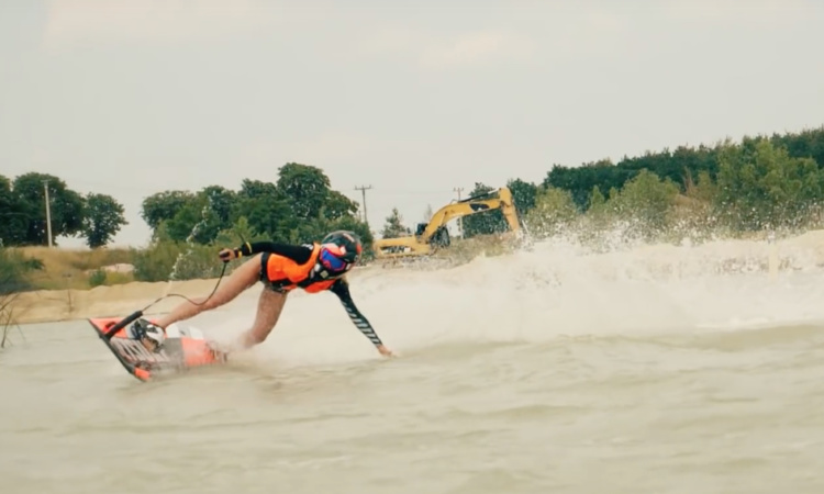 Miona at Jetsurf Academy