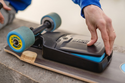 MELLOW battery pack certified for air travel