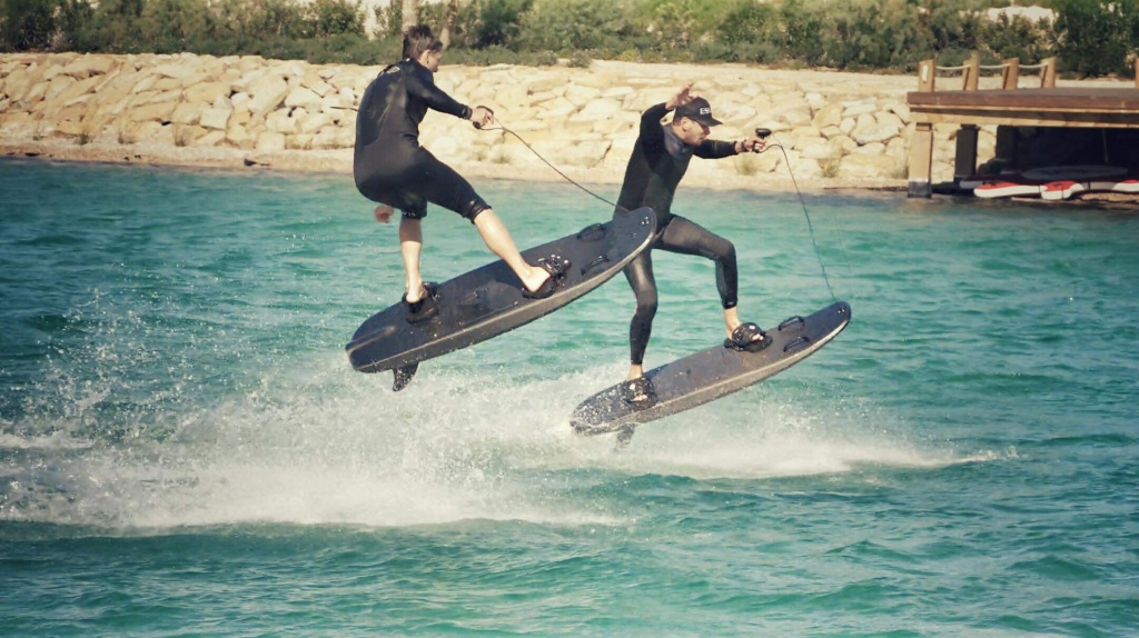 Which electric surfboards & hydrofoils do ship today?