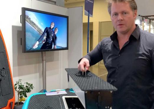 Die CURF Jetboards haben 2 Batterien