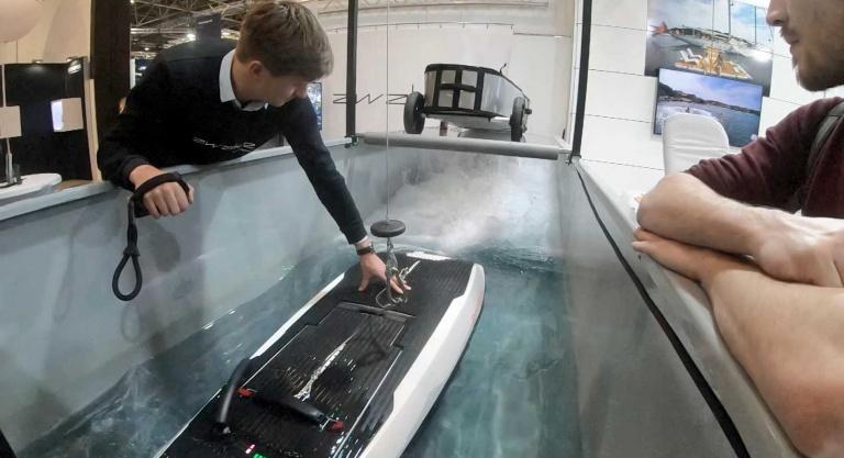 AWAKE Elektro Surfbrett aus Schweden