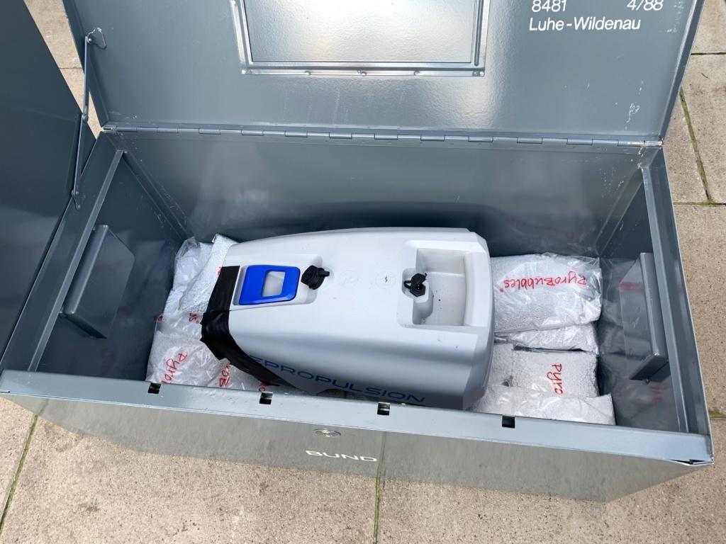 ePropulsion-Außenboarder Batterie