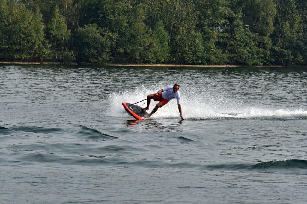 LOAWAI Elektro Surfbretter