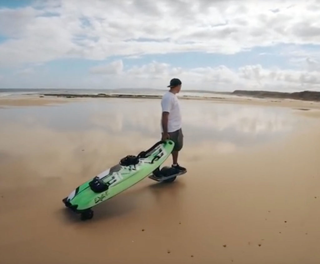 EWAVE Jetboard mit optionalen Rädern