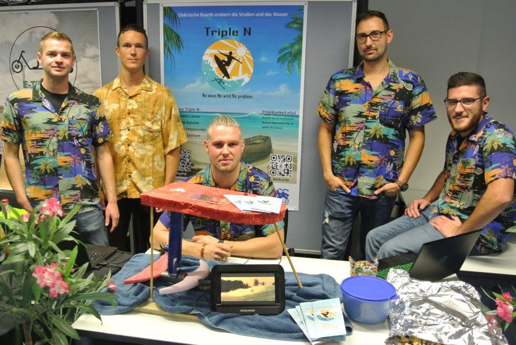 Projektarbeit Mechatronik RDF - Elektro Hydrofoil Selbstbau Team: Jeder der 4 hat es geschafft