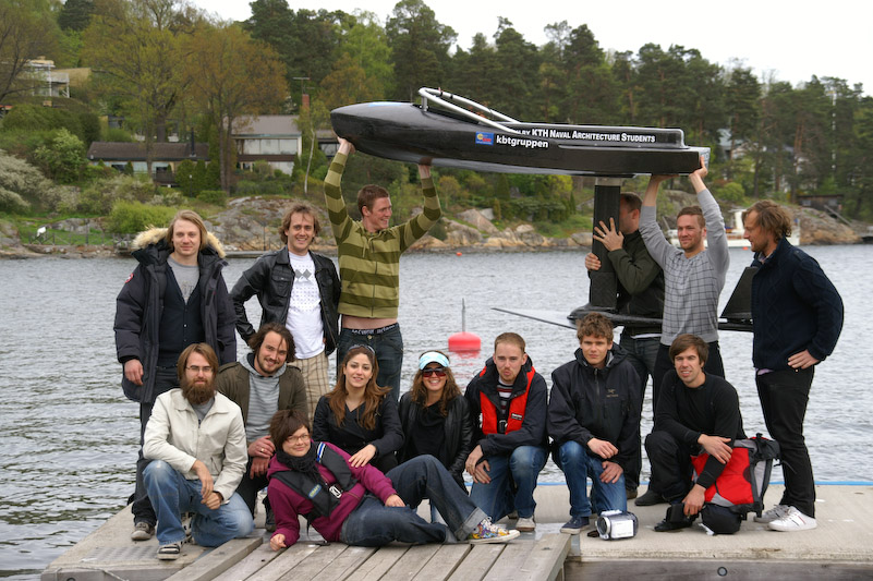 The Evolo Team with their DIY electric hydrofoil