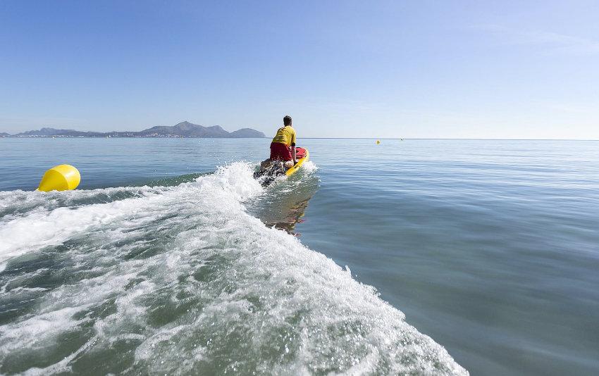 Elektro Surfbrett für Rettungsschwimmer