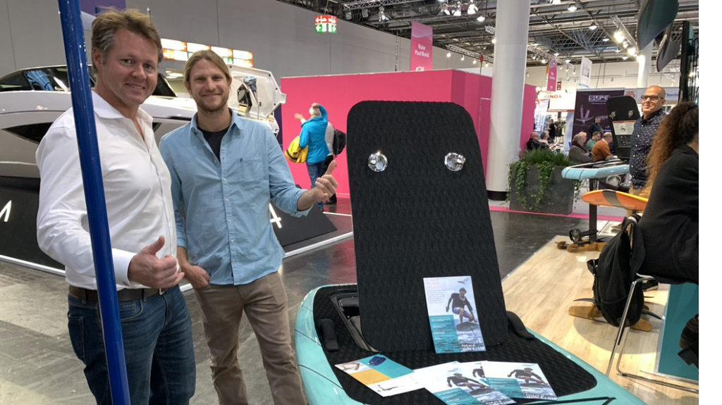 Elektro Surfbrett Experten - Nick von Lift und Benjamin von Loawai