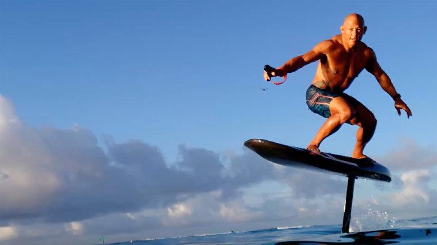 Waydoo Flyer flying surfboard