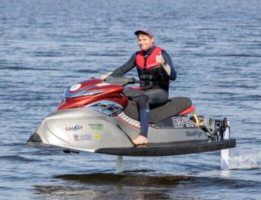 electric hydrofoil Jetski