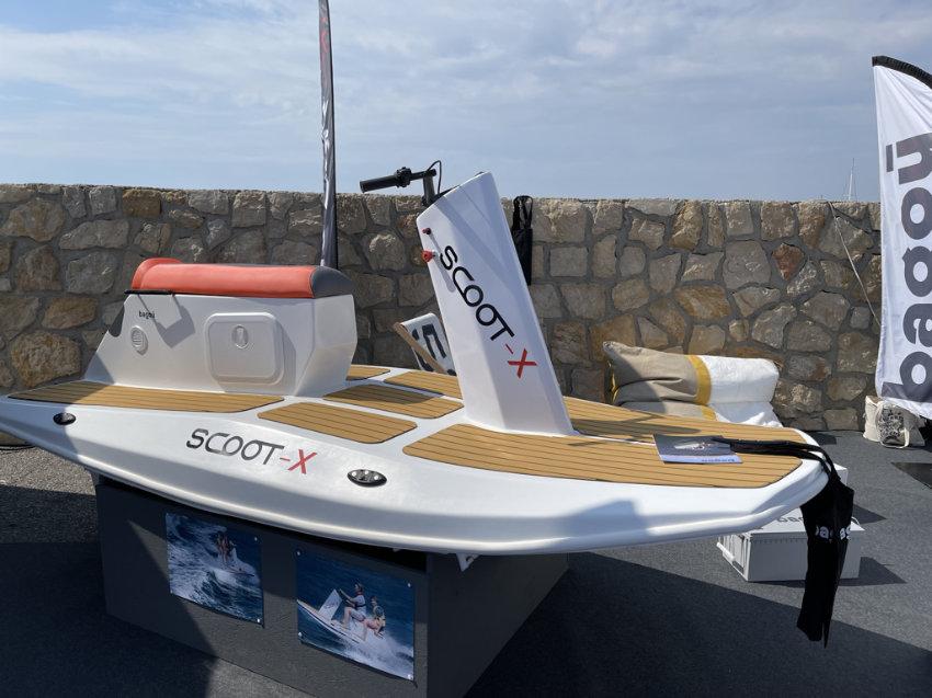 Scoot-X - Luxury Marine Toys by Badou